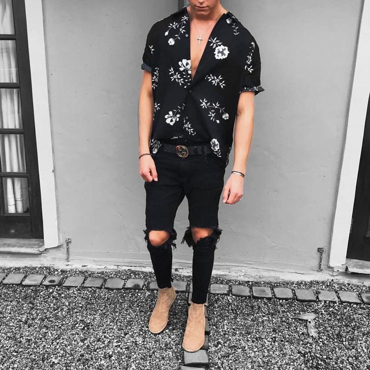 """246 Likes, 9 Comments - Daily Culture (@daily__culture) on Instagram: """"Outfit by @slabbest go check him out and give him a follow!…"""""""