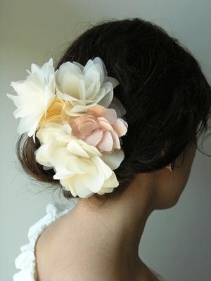 Beautiful floral hair pins