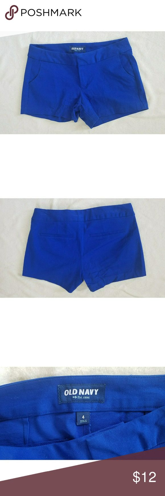 Old Navy Royal Blue Shorts Old Navy shorts size 4! Royal blue color. They're used, but show no signs of wear and no flaws! Old Navy Shorts