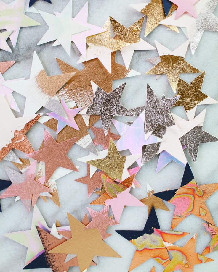 DIY Metallic and Iridescent Star Table Confetti