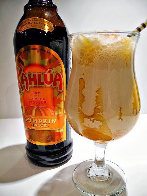 Kahlua Pumpkin Spice Caramel Mudslide - A Little Bite of Life (Kind of like a pumpkin spice latte for adults!)