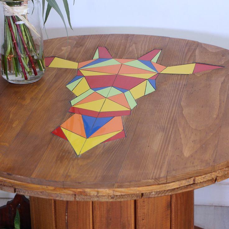 Touret en bois et faïence Tête de girafe colorée façon origami
