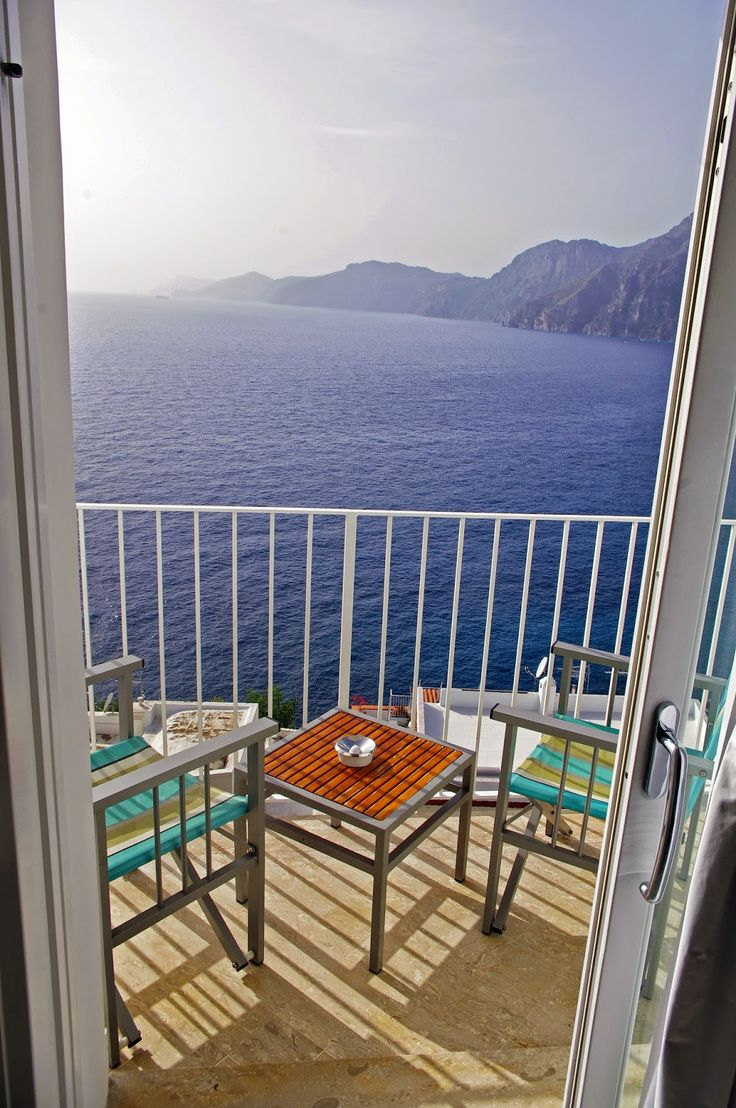 The Aussie Flashpacker: Luxury Hotel Review: Casa Angelina, Praiano, Italy.