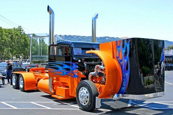 ❤ Visit ~ MACHINE Shop Café ❤ MACHINE Shop Café concepts are celebrated here. Follow Us and our Crowdfunding Champaign; October 2015 by purchasing your 'Gift Card Perks' at... www.indiegogo.com ❤ Best of Trucks @ MACHINE ❤