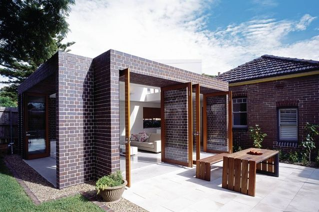Fox Johnston Architects -Kensington House, Sydney 2007: A contemporary living area was created from the original Federation bungalow  Photos by: Brett Boardman