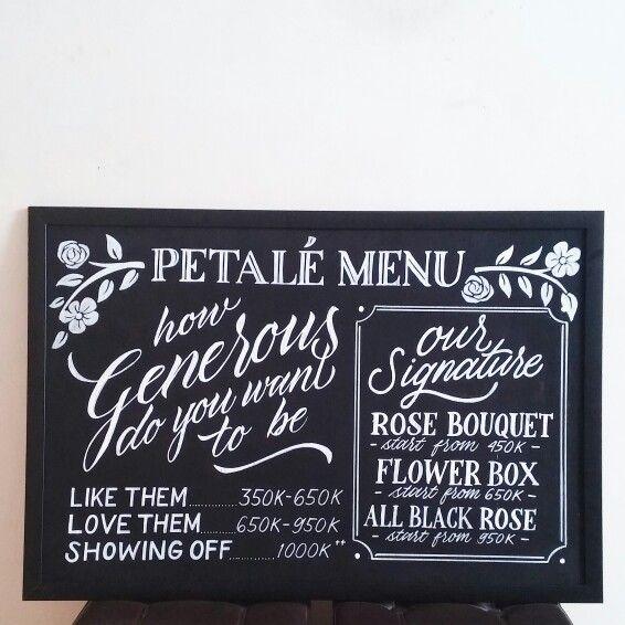 Petale florist menu Posca marker on black board 60x90cm Hand lettering