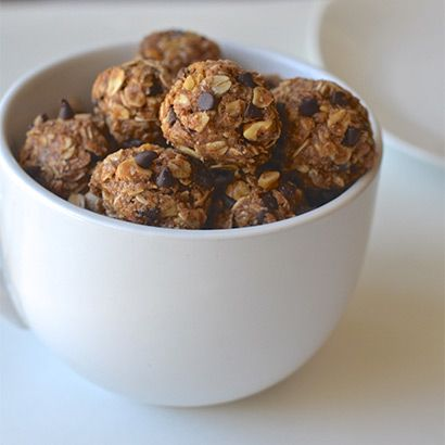 DIY Energy Bites To Keep You Fueled Through Any Sweat Session:If your New Year's checklist includes upping your sweat sessions, make sure you're properly fueled: Chocolate chip cookie dough Recipe is a perfect small batch, few simple ingredient go-to I'll keep on file for good!