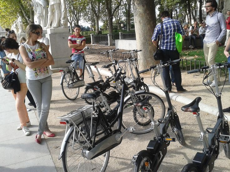 Bicis eléctricas de la flota de Mobeo en Madrid #mobeo #ebikes #e-mobeo #mobiky #youri #rent #alquiler #bikes #bicis #madrid
