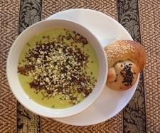 Recipe Potato, Leek and Kale Soup with Haloumi by thermobexta - Recipe of category Soups