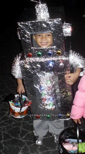 1000 Images About Homemade Robot Costume Ideas On