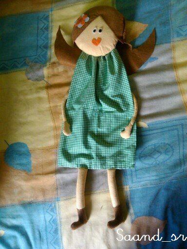 Muñeca para guardar bolsas de plástico.