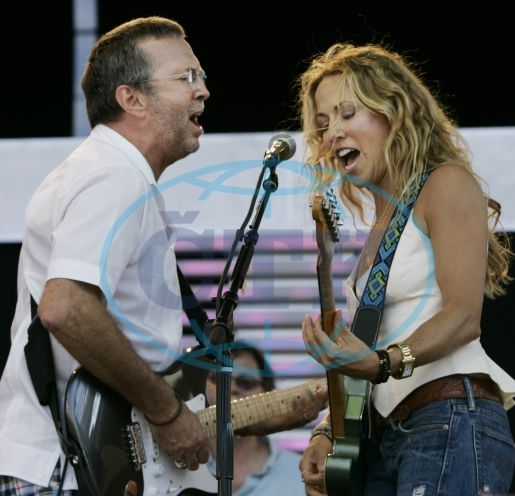 Eric Clapton And Sheryl Crow White Room