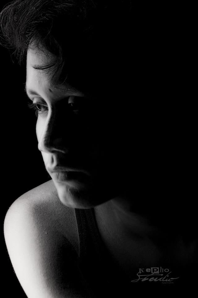 Good lighting is essential in photography Potrait Photography Ideas