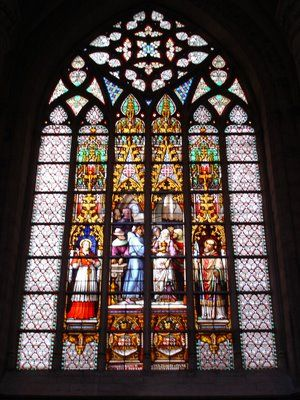 vitrais-goticos                                                       …