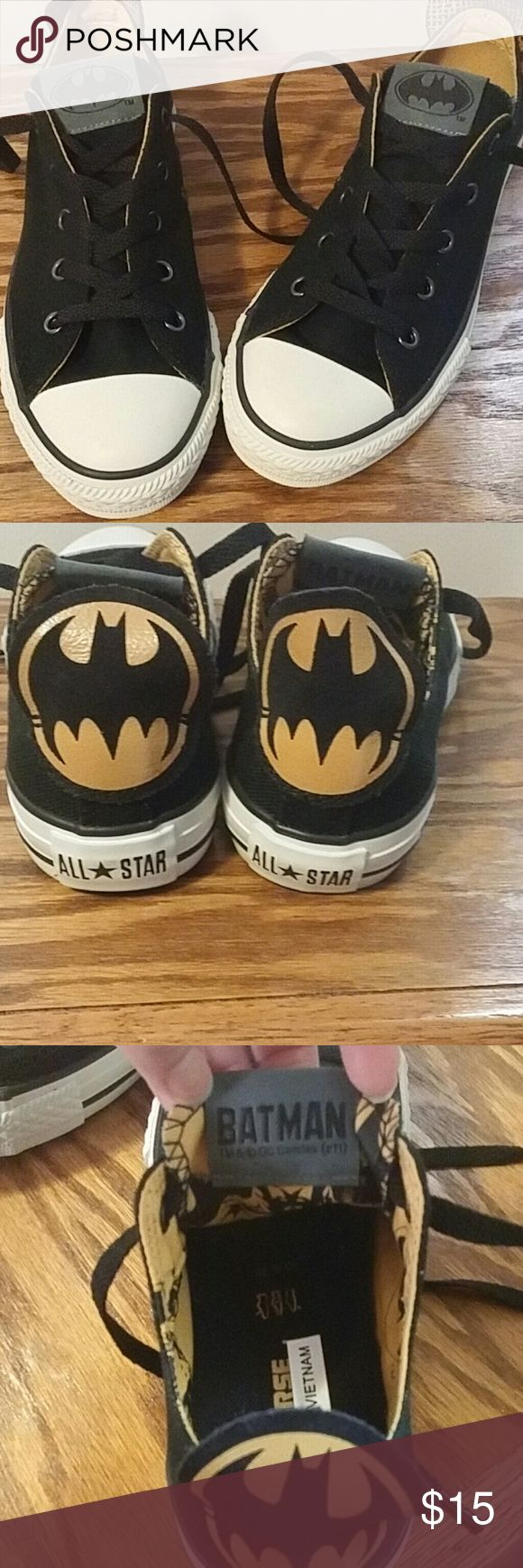 BATMAN CONVERSE Perfect for batman fans. Love them. New never worn. Little confused with the size so I measured in picture. An women size 8 could also fit these. It's a kids shoe. Boys or girls can wear them. Converse Shoes