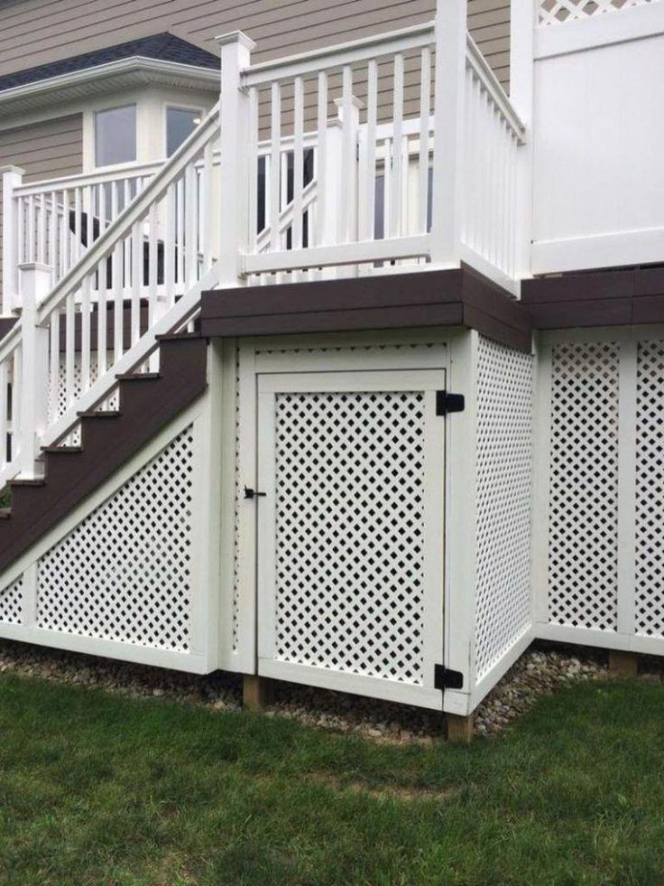 Deck Skirting Is A Material Attached To Support Post And Boards Below A Deck Get Some Great Ideas For Unique Deck Skirt Deck Skirting Building A Deck Diy Deck