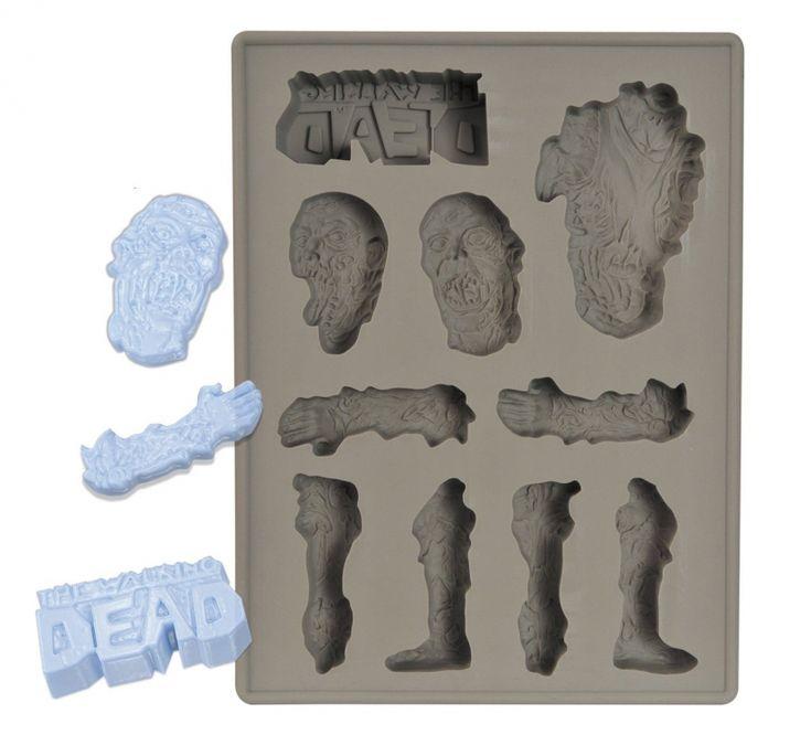 The Walking Dead siliconen ijsblokjes vorm. Je kunt er ook chocolaatjes van maken voor een #Halloween feest!  | www.HuupHuup.nl