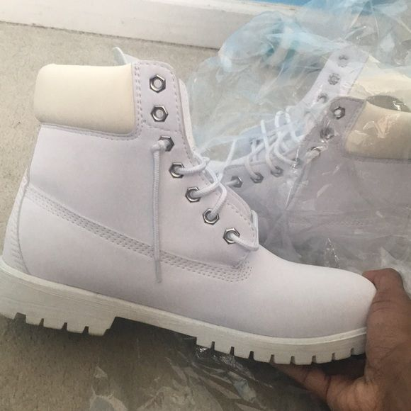 White Timberland men boots size 10 in