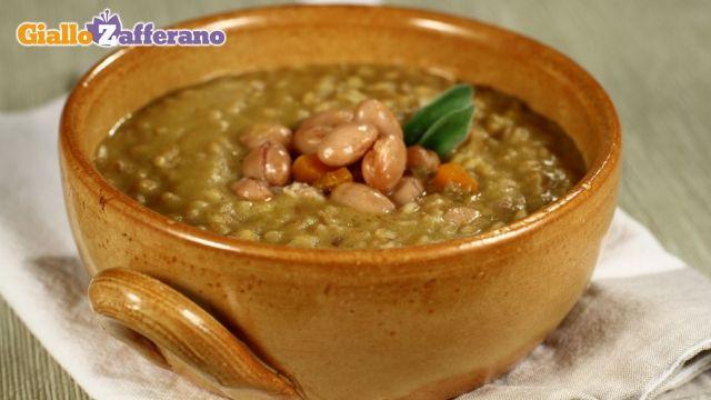 Ricetta della zuppa di farro e fagioli borlotti