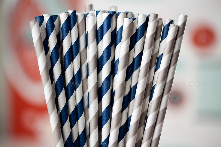 50 navy blue and gray paper straws, striped gray and blue straws for parties and events, free printable flags. $9.00, via Etsy.