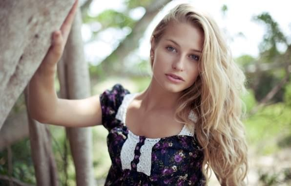 Meet Russian Single and Ukraine women for Dating, Love and Bride with Russians to Date