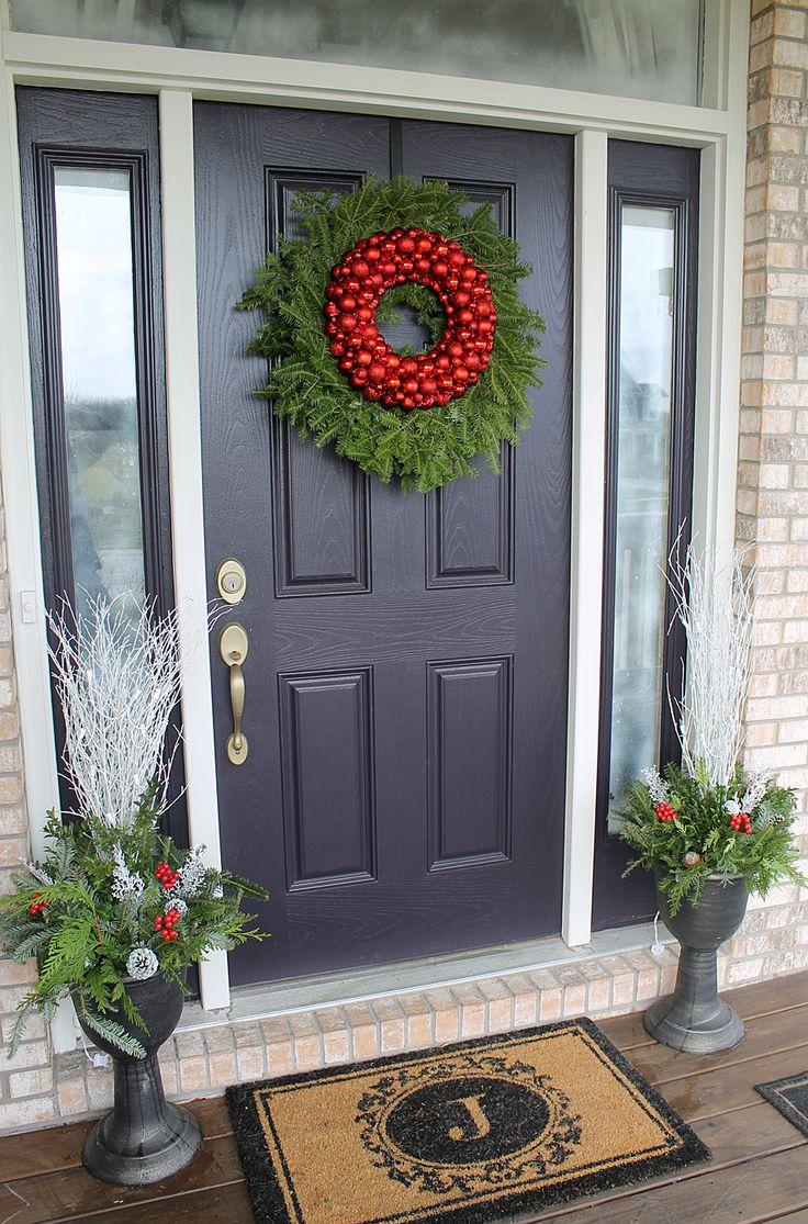 Christmas door decorations - Best 25 Christmas Front Doors Ideas On Pinterest Christmas Front Porches Christmas Porch Decorations And Front Door Christmas Decorations