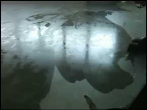 Pavimenti in resina - Posa su pavimento esistente - YouTube