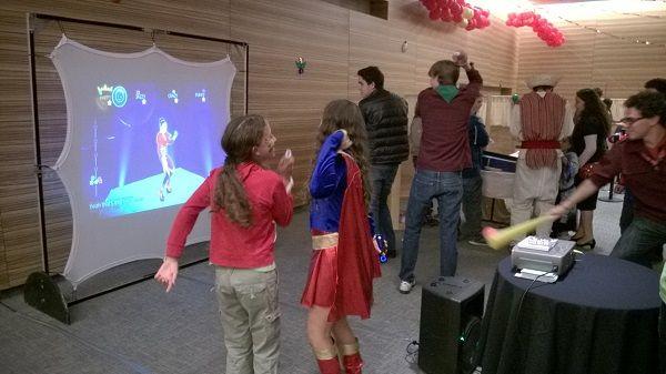 Simulador de Baile / Just Dance / Wii  #baile, #simuladordebaile, #justdance, #wii, #golf, #camposdegolf, #simuladores, #videojuegos #competencia, #torneo, #longdrive