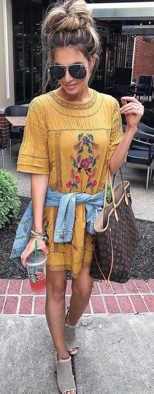 Maillot de bain : #summer #outfits  Yellow Floral Tee Dress  Grey Open Toe Booties