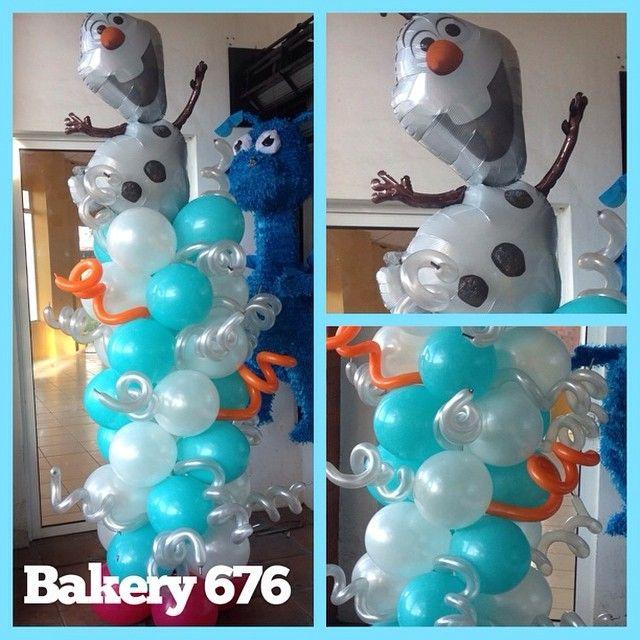Frozen balloon decoration decoraci n con globos for Frozen balloon ideas