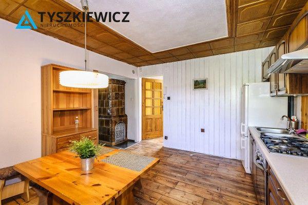 Na sprzedaż piękne, słoneczne  mieszkanie w Centrum Sopotu! Mieszkanie posiada 4  niezależne pokoje (3 duże+1 mniejsze) z kuchnią i łazienka, a mieści się w Kamienicy przy ul. Niepodległości. Ogrzewanie gazowe, woda ciepła na elektryczny podgrzewacz. W mieszkaniu jest piec, z którego można zrobić kominek. #sopot #molo #kamienica #realestate #piec CHCESZ WIEDZIEĆ WIĘCEJ? KLIKNIJ W ZDJĘCIE!