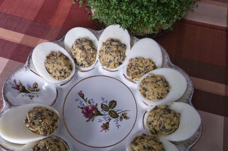 Katalog smaków: Jajka faszerowane pieczarkami