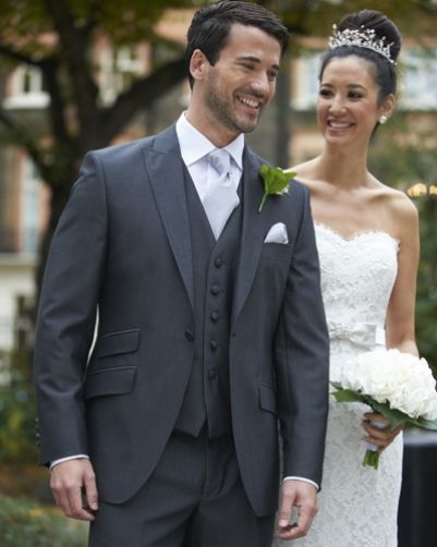 Our charcoal mohair lounge suit, Stretton. #groom #weddingsuits #greysuit #groomsmen