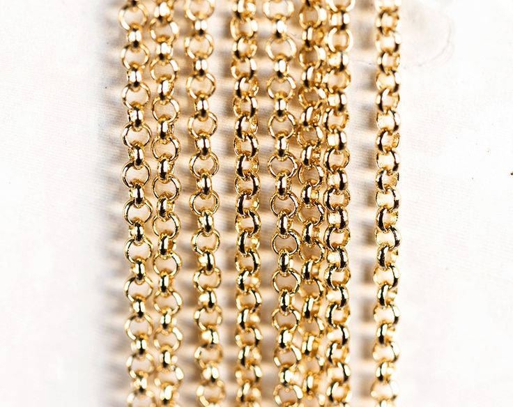 2538_Gold rolo chain 2.6x1 mm, Gold plated chain, Rolo link chain, Copper chain, Jewelry findings, Round link chain for jewelry making_1 m. by PurrrMurrr on Etsy