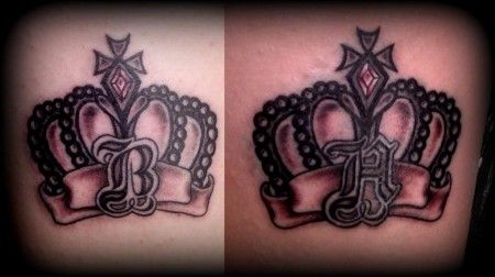 royal-crown-tattoo-back-of-the-thighs-by-slabzzz-d-bfncv-1792550621.jpg (450×252)