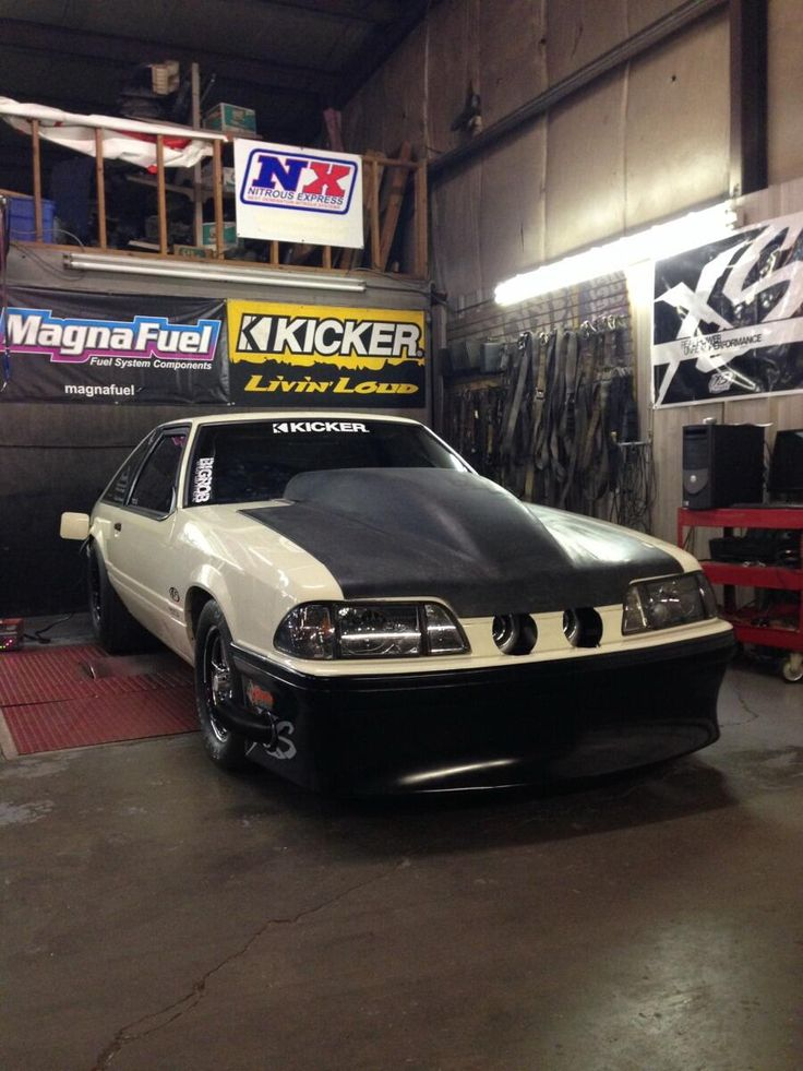 The Street Outlaws. Chuck Seitsinger's Death Trap. pic.twitter.com/V8zmptRN7L