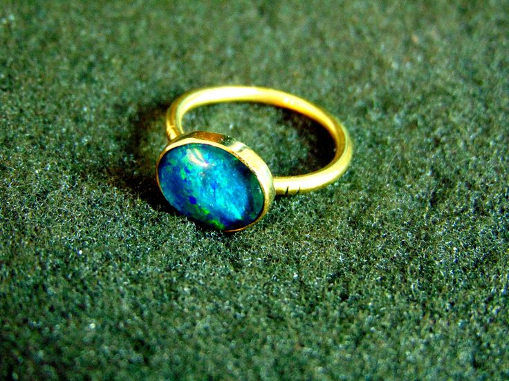 18k Gold Ring,Solid Gold 750 and Australian Opal Ring,Blue Opal Gemstone Ring for Women,Womens Solitaire Ring, Dainty Womens Ring by ArchipelagosBreeze on Etsy