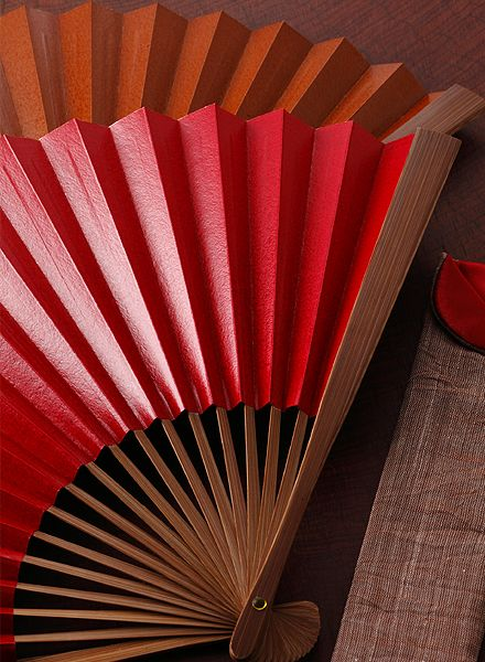 Japanese folding paper fan, Sensu 扇子