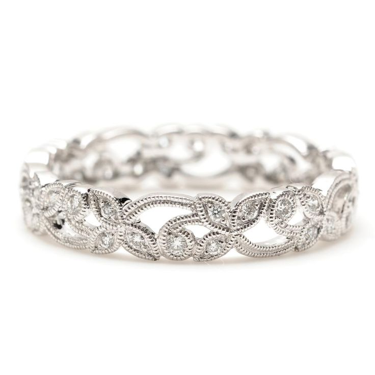 Princess Cut Diamond Anniversary Rings: Great Present - http://www.weddingringpictures.info/2014/11/27/princess-cut-diamond-anniversary-rings-great-present/