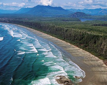 Long Beach on Vancouver Island is one of the best beaches in all of British Columbia. Six-miles-long!