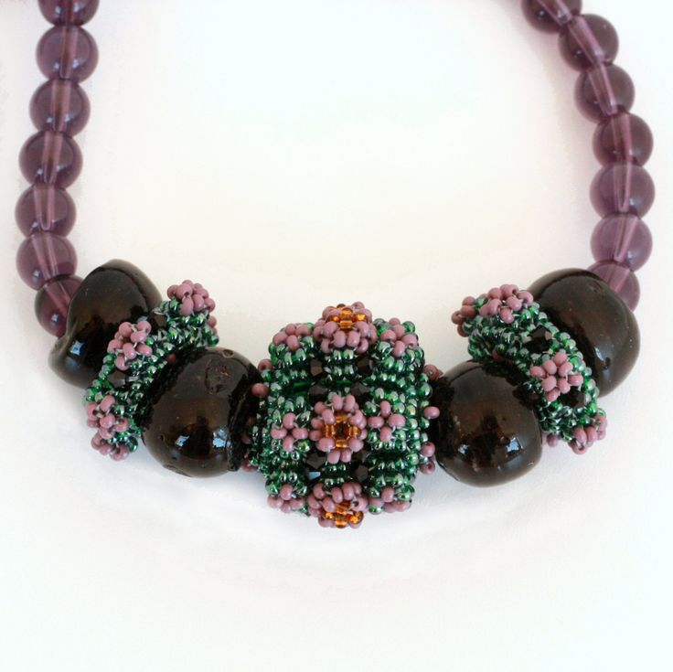 New to ShalaneHopkins on Etsy: Lilac and Black Beaded Bead Feature Necklace with Glass Beads (108.50 NZD)