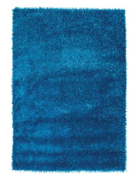 This shaggy piled rug will work well in your home.