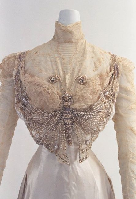 Circa 1890 gown via Bunka Gakuen Costume Museum - view 2 of 2