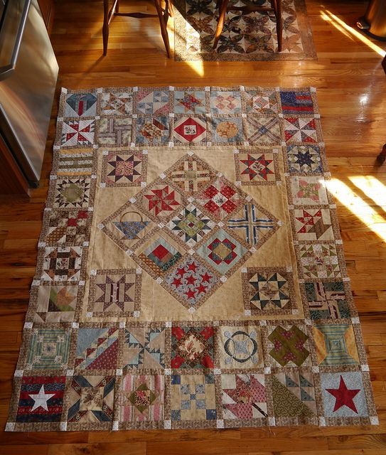 Awesome Civil War Quilt! One Elsa Brantenberg in DANDELIONS ON THE WIND might have made.