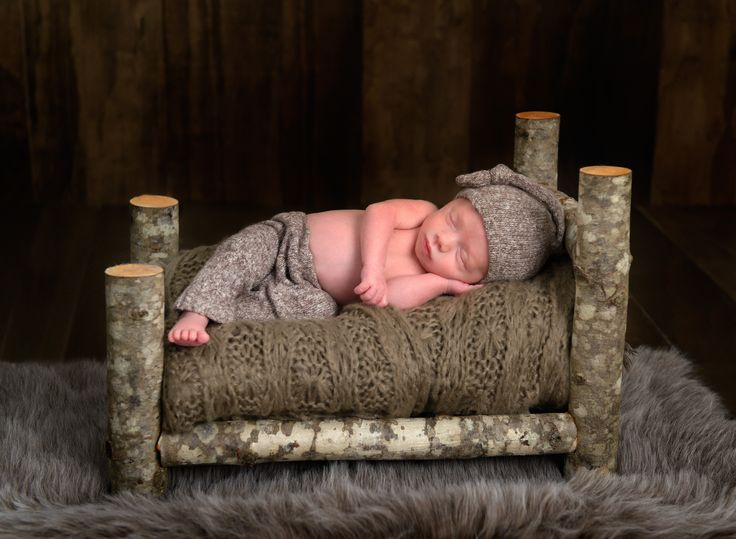 newborn log bed