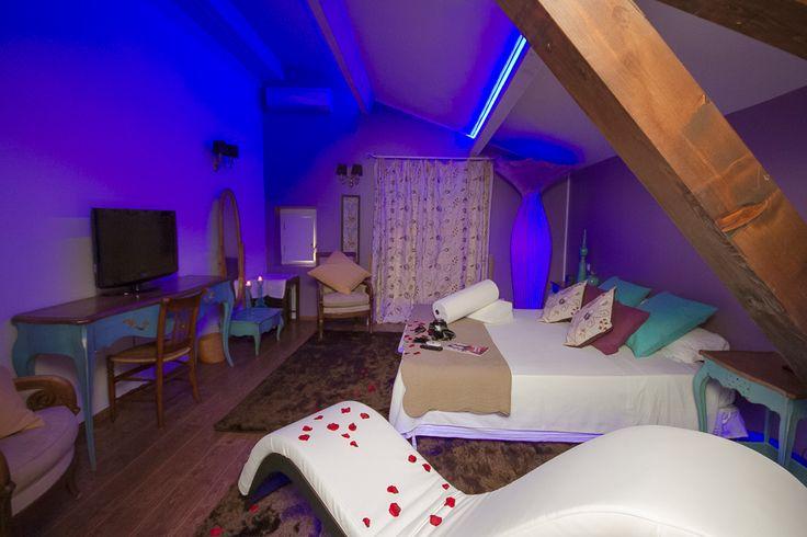 Suite Margarita Bonita del hotel La Bastide du Bois Bréant (Maubec, Francia).