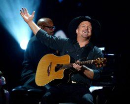 Garth Brooks performs at CBS' Teachers Rock Special live concert on Aug. 14, 2012. in Los Angeles.