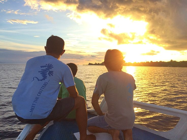 Onong Resort Siladen . Sunset Trip . Celebes Divers