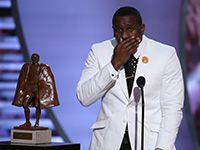 Thomas Davis named Walter Payton Man of the Year