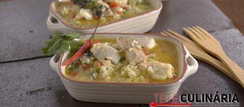 Receita de Arroz de peixe. Descubra como cozinhar Arroz de peixe de maneira prática e deliciosa com a Teleculinária!